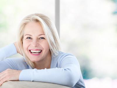 Thumb donna anziana menopausa
